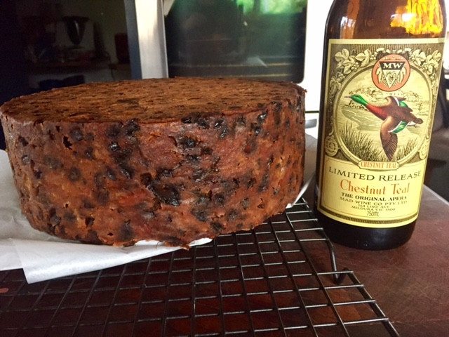 Christmas cake made with Chestnut Teal Apera
